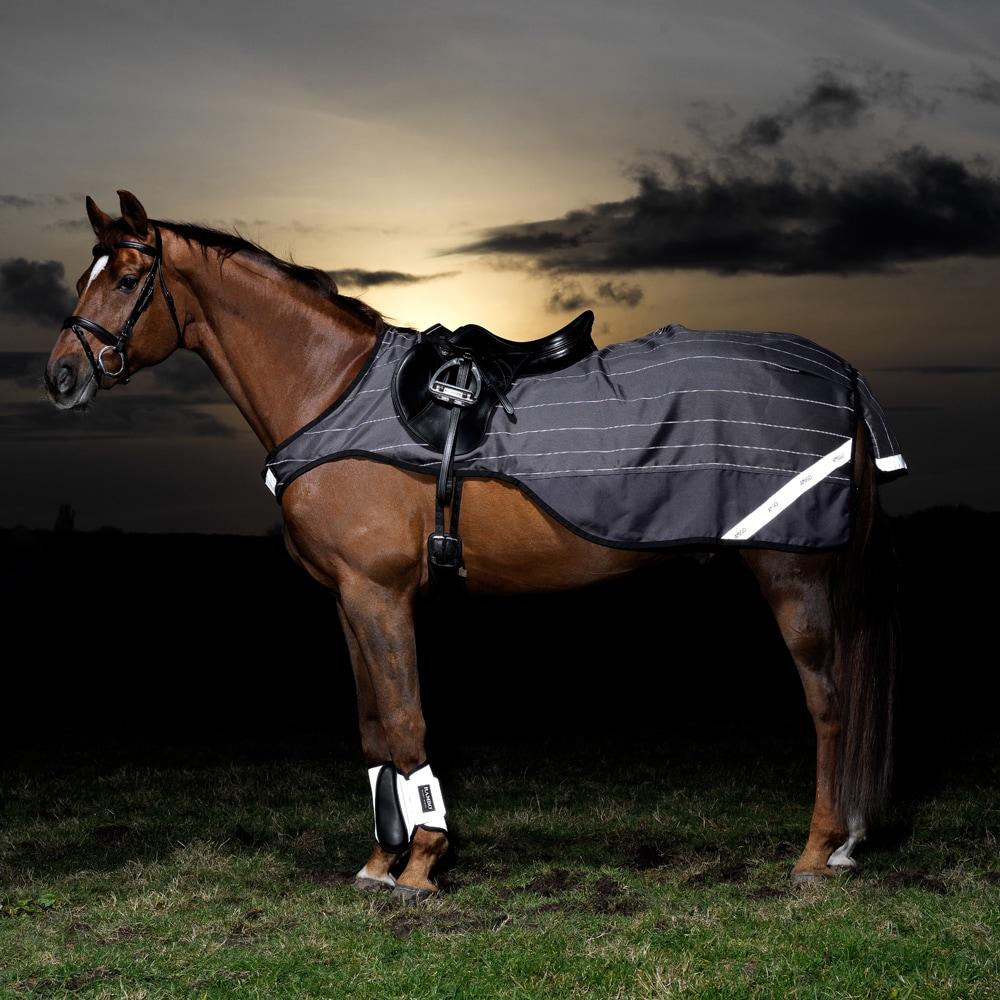 Ridedækken Refleks Amigo Reflectech Competition Sheet Horseware®